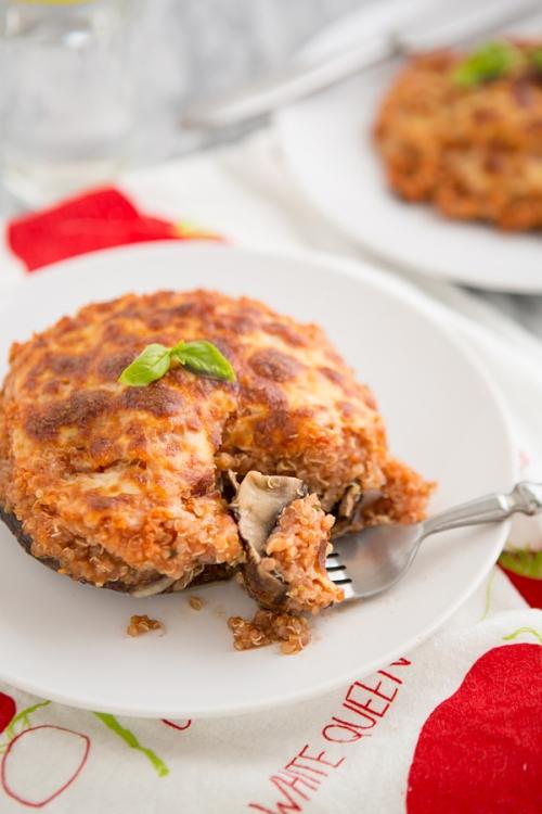 pizza_quinoa_stuffed_portabella_mushroom_feature